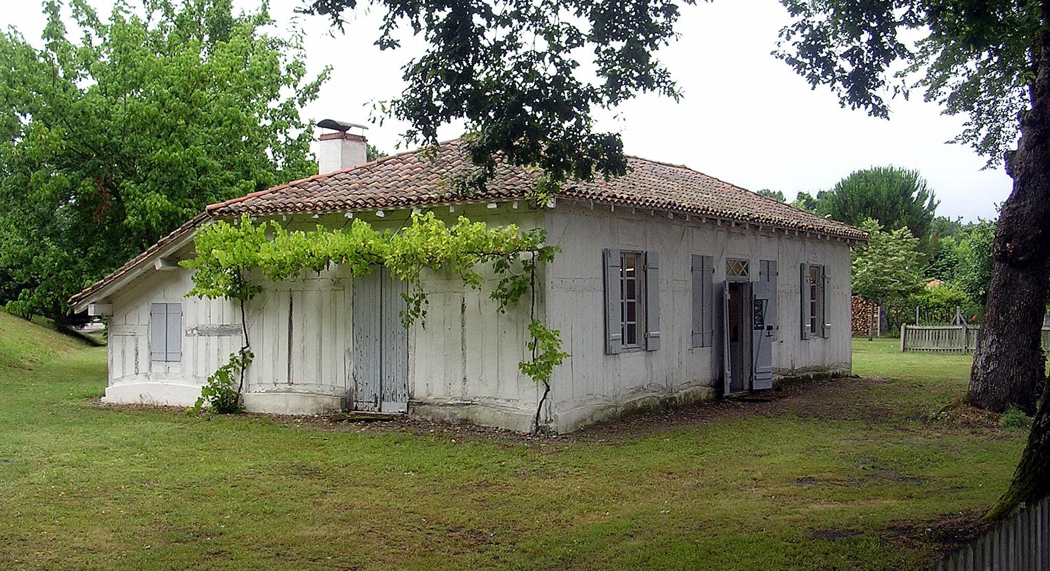 Maison landaise for Constructeur maison landaise
