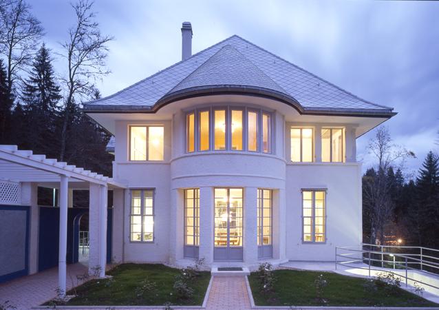 Maison blanche le corbusier for Maison blanche classique