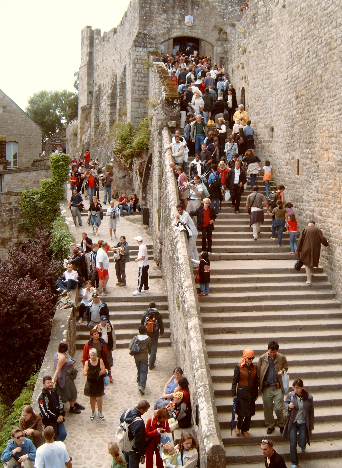 Tourisme de masse for Mont saint michel interieur