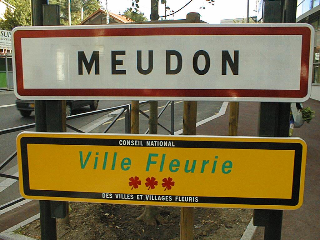 Mairie de meudon for Piscine meudon horaires