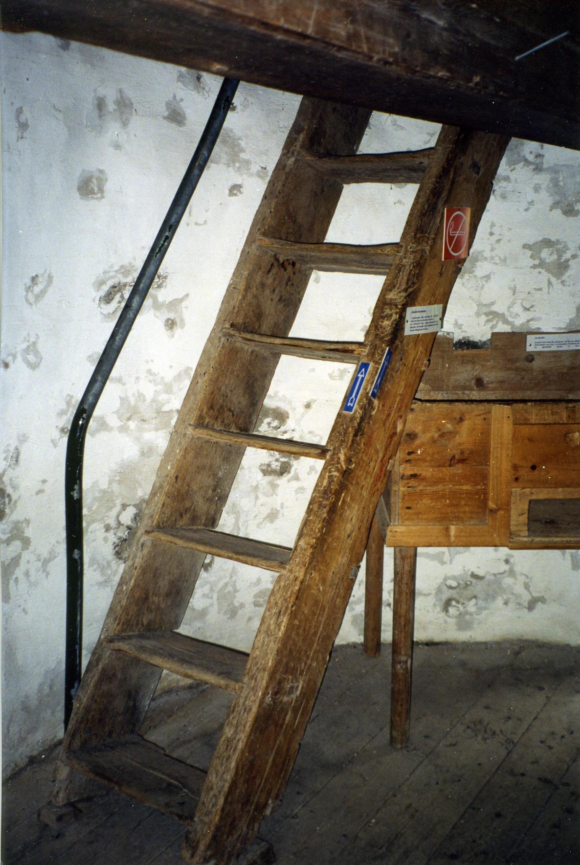 Moulin vent de l 39 le aux coudres - Echelle de meunier castorama ...