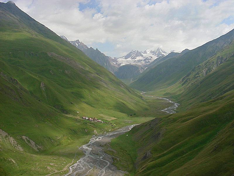 la valle de la rivire - Traduction en anglais - exemples