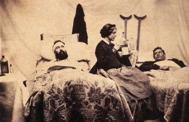 http://fr.academic.ru/pictures/frwiki/78/Nurse_Anna_Bell.jpg