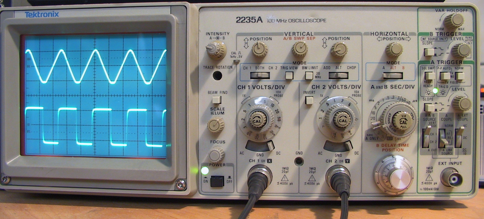 the oscilloscope Oscilloscope for your application-specific measurements should you need additional assistance, or have any comments or questions about the material in this primer, simply contact.