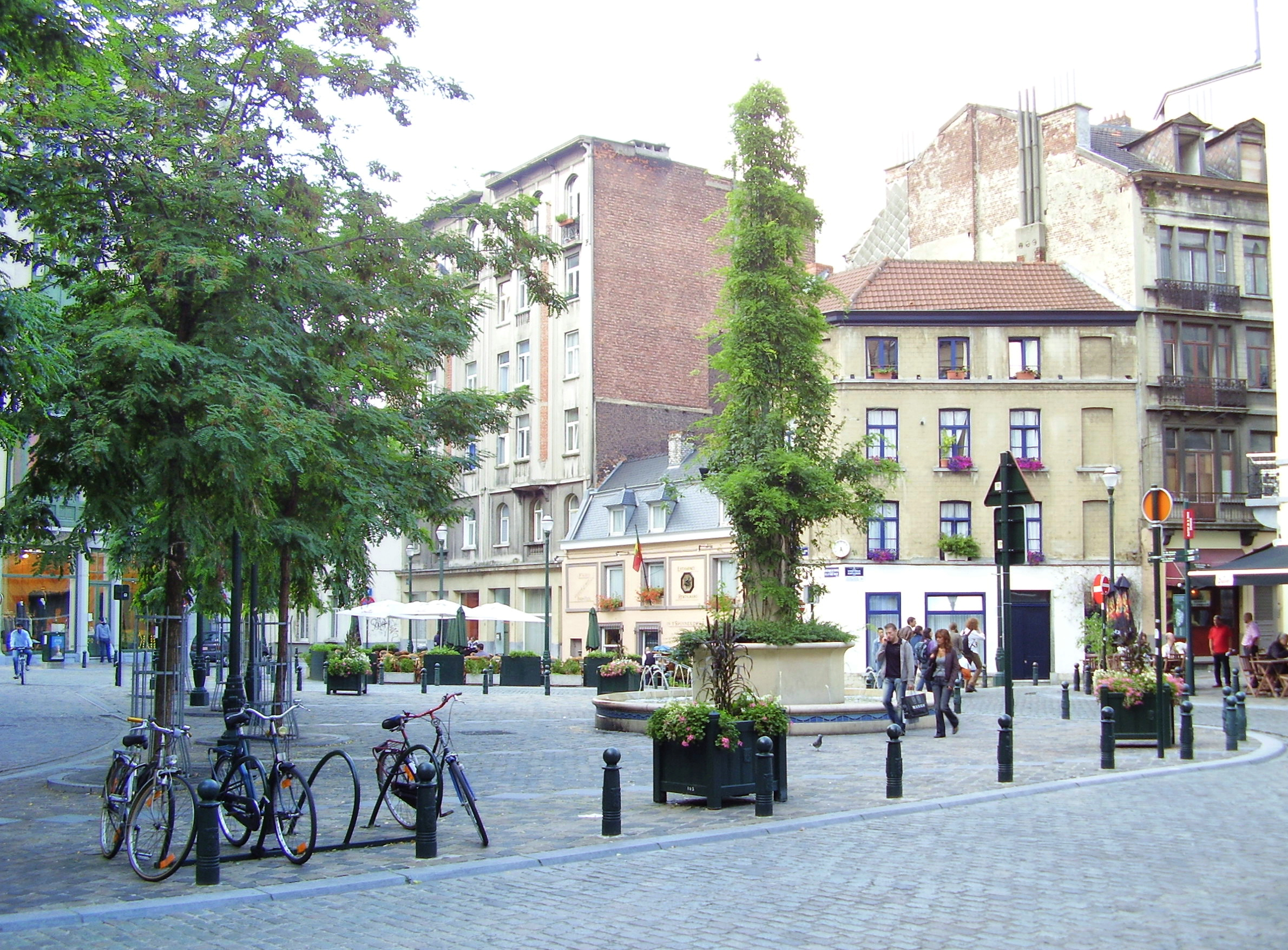 Bruxelles ville for Place du jardin aux fleurs