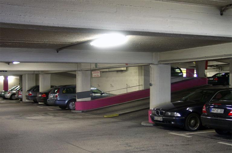Hotel Lyon Avec Parking Ferme