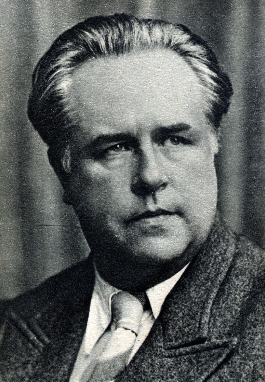 http://fr.academic.ru/pictures/frwiki/80/Paul-Vaillant-Couturier.jpg