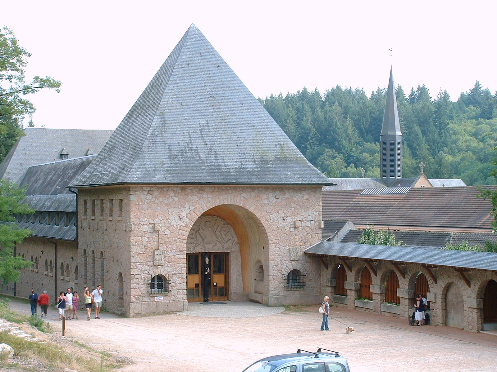 Abbaye De La Pierre