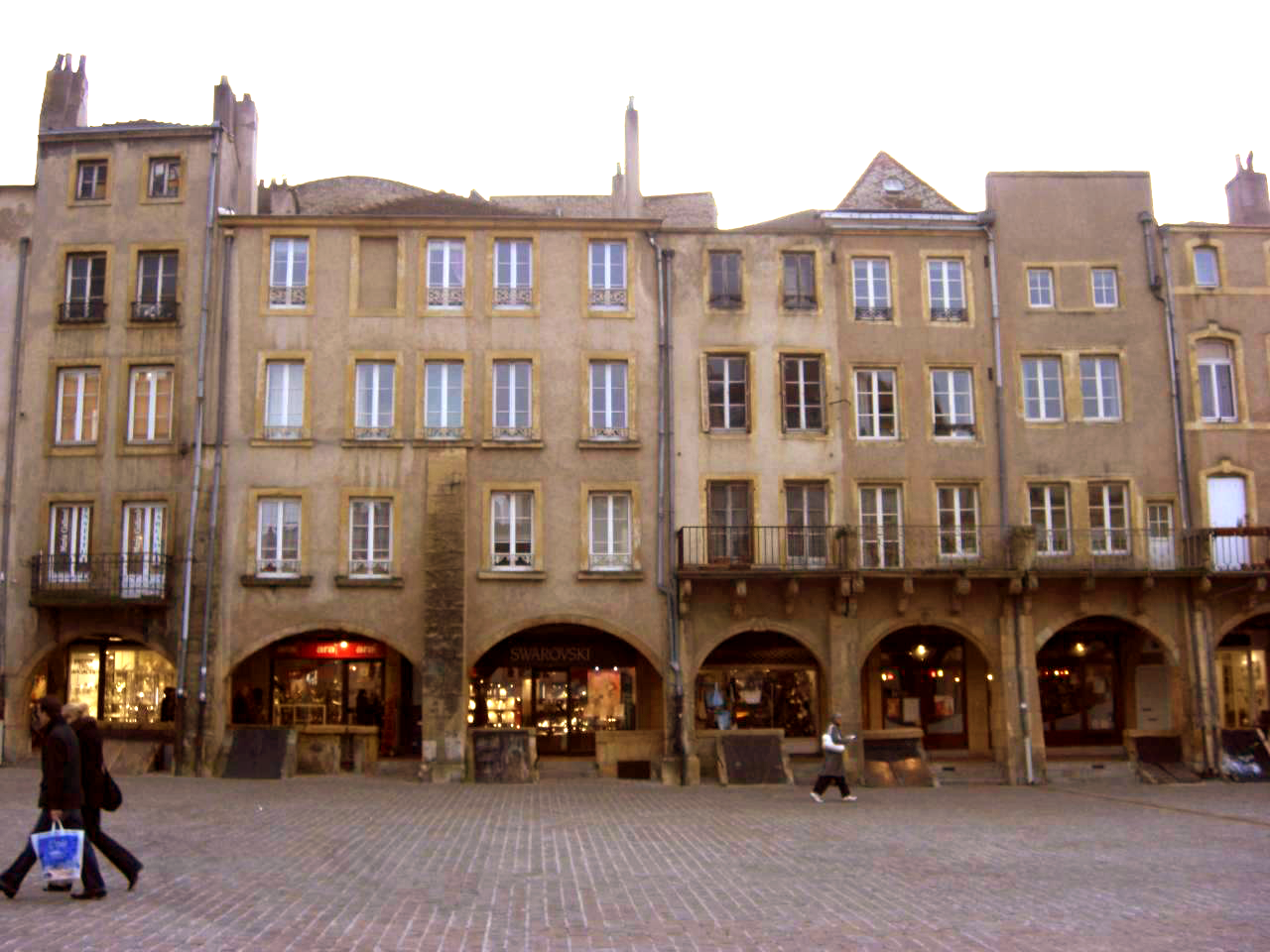 Place saint louis - Ameublement saint louis metz ...