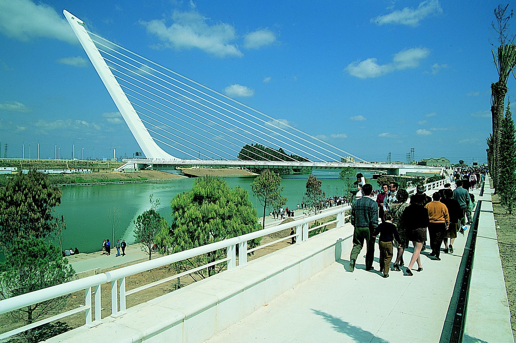Pont de l'alamillo (seville)