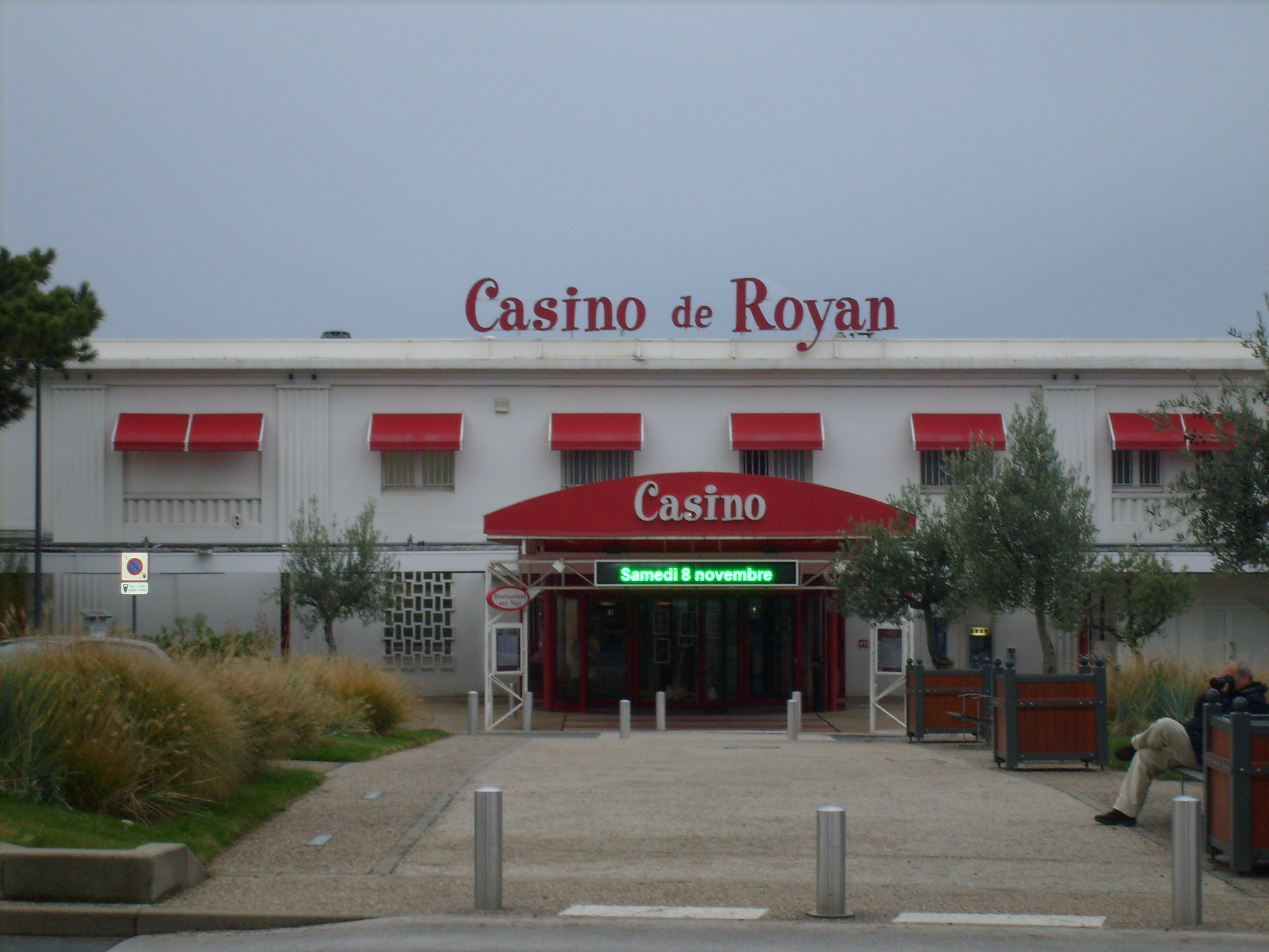 Les casinos de royan for Restaurant la cuisine limoges
