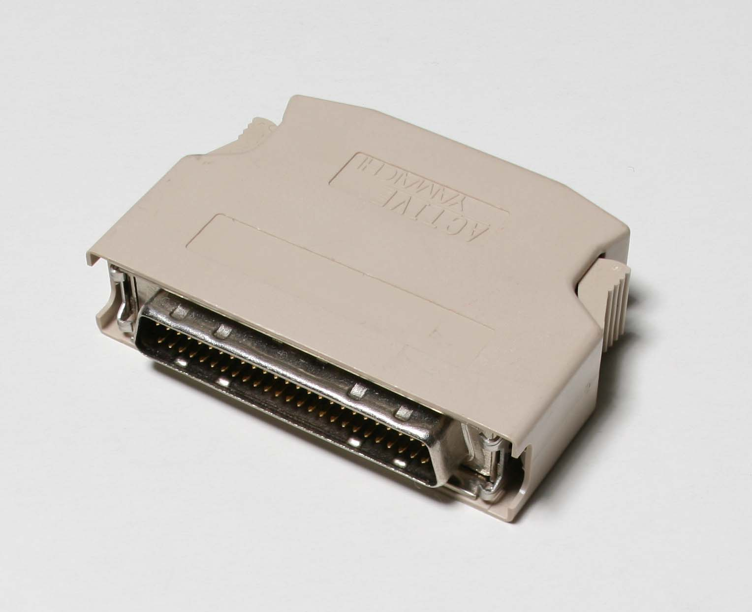 SCSI Terminator 50pin.