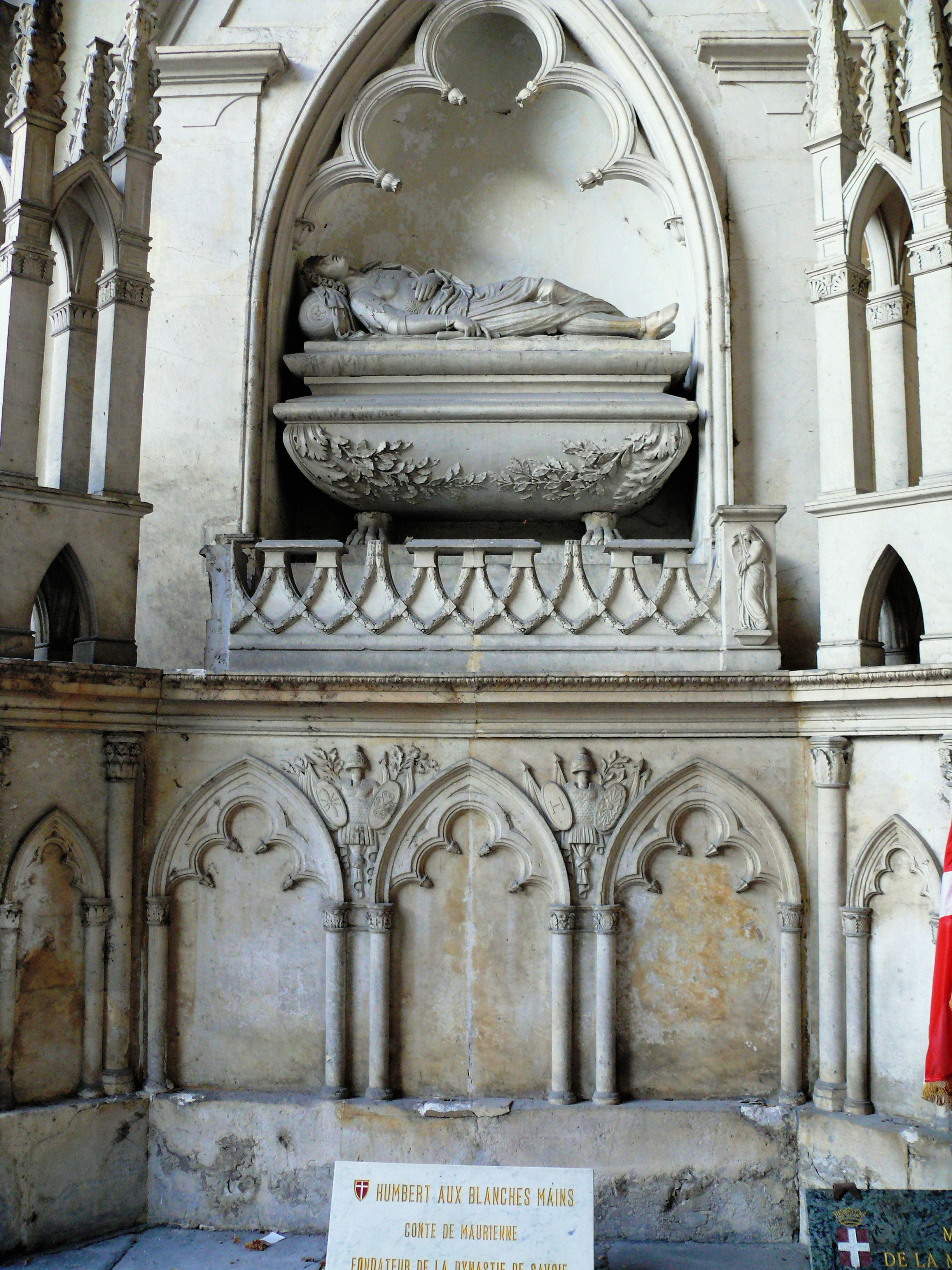 cath drale saint jean baptiste de saint jean de maurienne. Black Bedroom Furniture Sets. Home Design Ideas