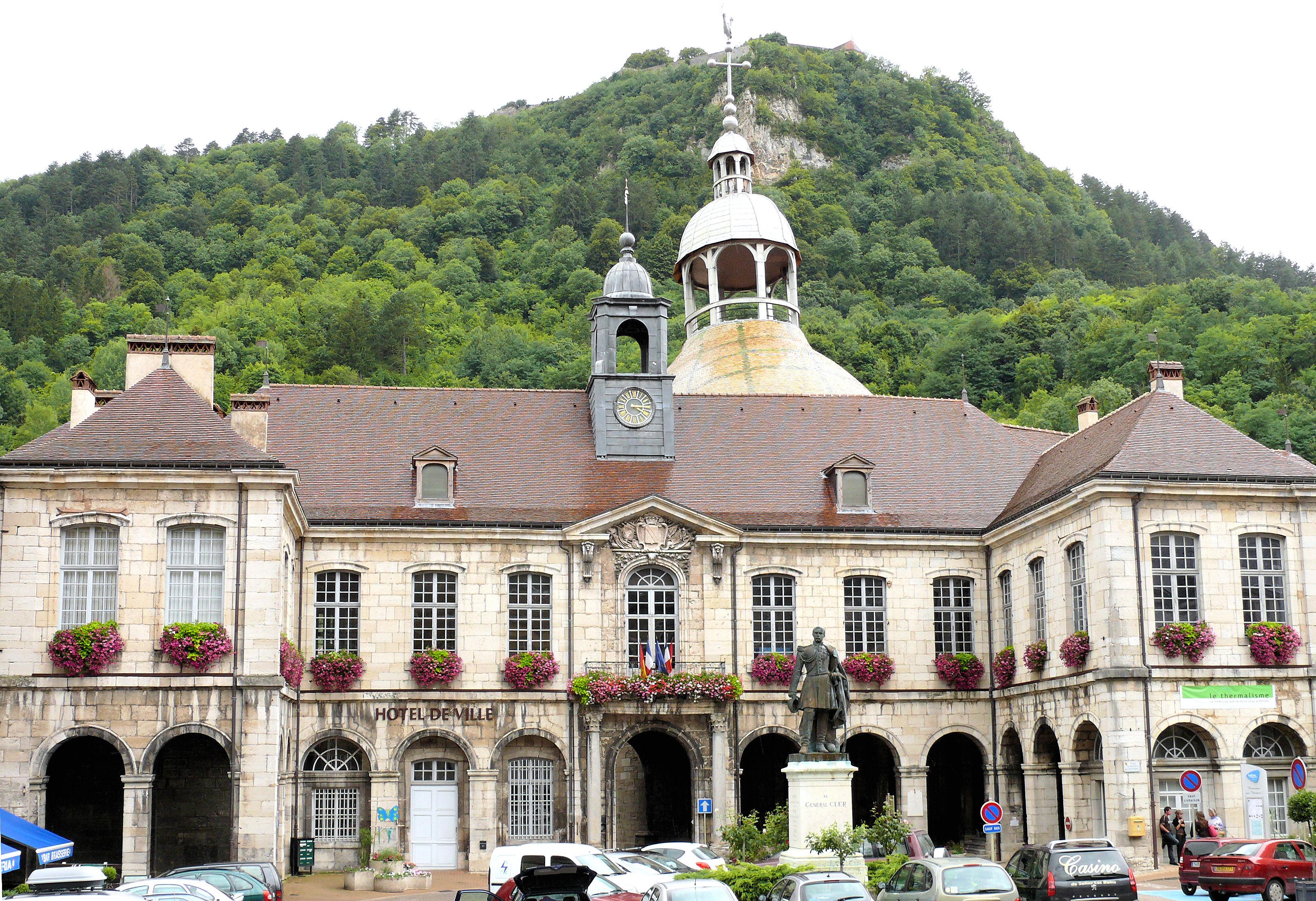 Liste des monuments historiques de salins les bains for Salins les thermes piscine
