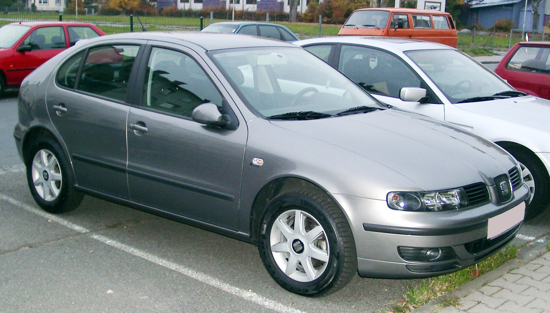 T477p15 Photos Vw Golf 2 as well Le Bon Coin Voiture D Occasion Var besides 2085467 in addition Vwvortex Couple Of Issues For Vw Tiguan Fuse Box Diagram besides Cooper. on 83 vw cabriolet