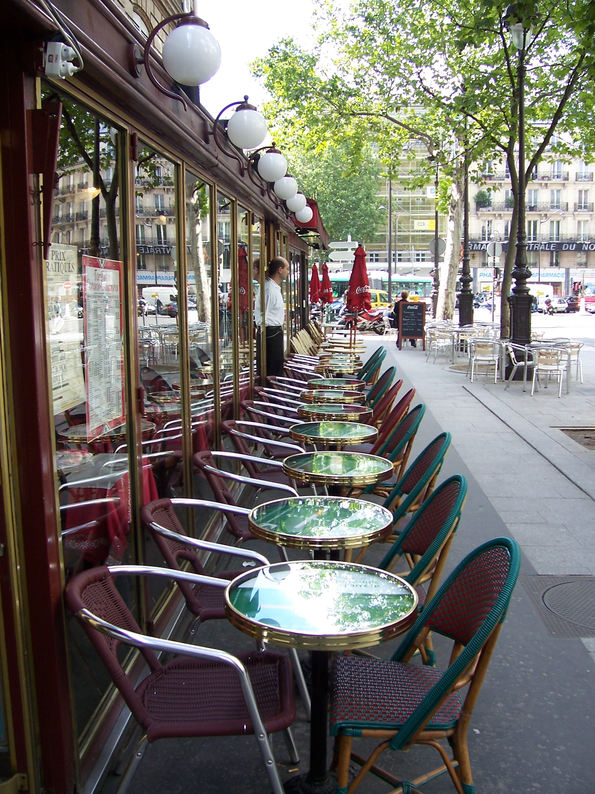 Caf tablissement for Diner dans un jardin paris