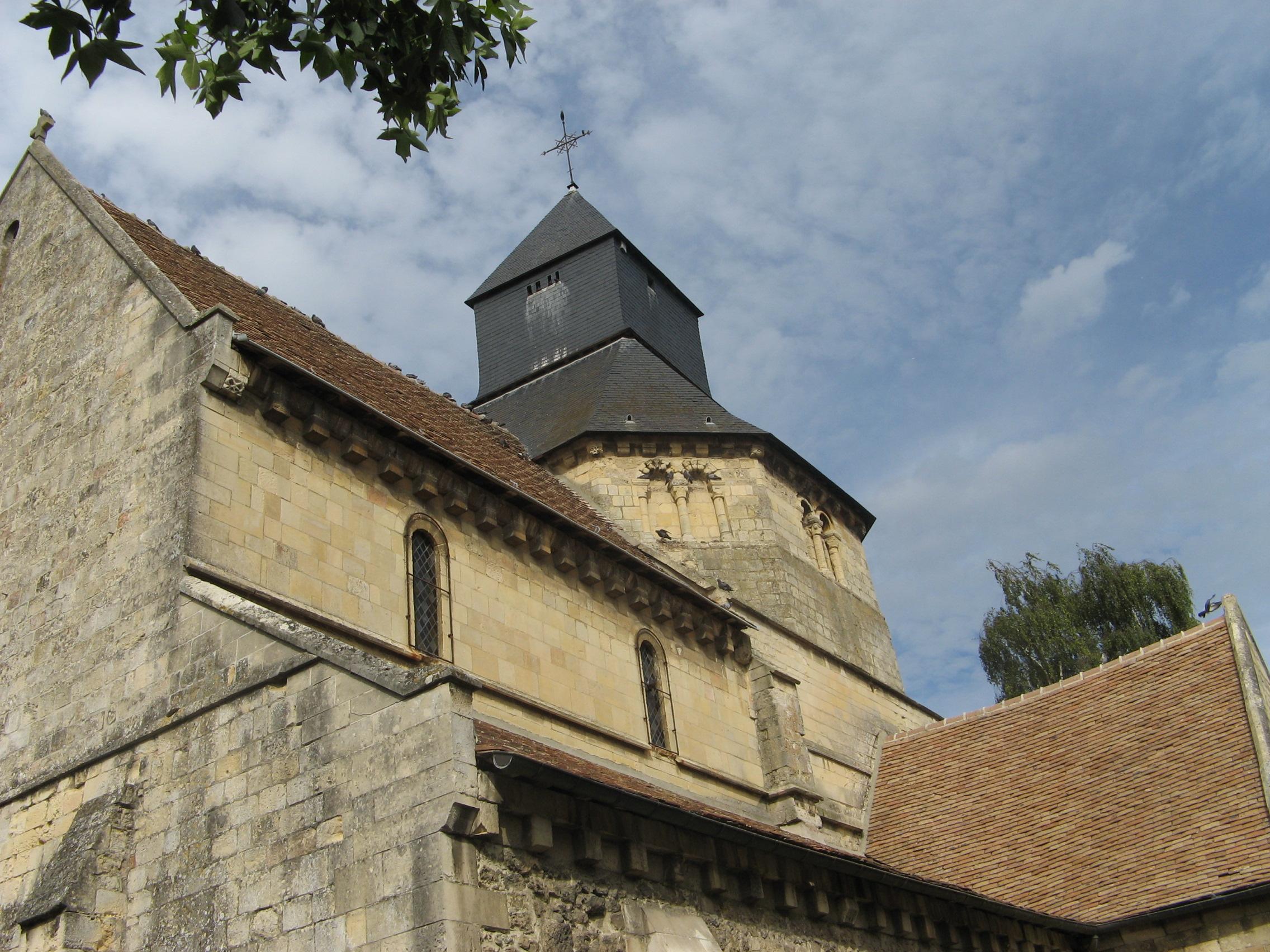 Touques France  City pictures : Église St Pierre de Touques