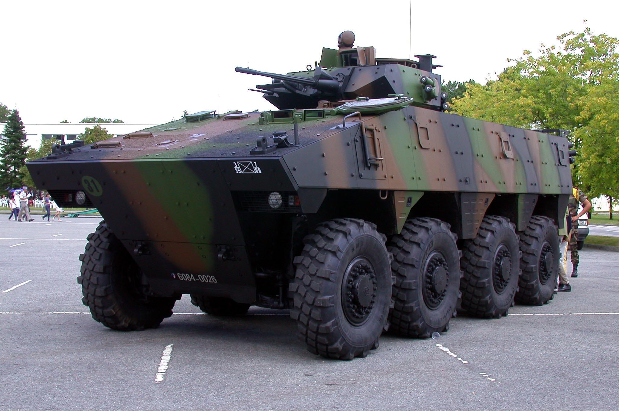 vehicule blinde de combat d 39 infanterie. Black Bedroom Furniture Sets. Home Design Ideas