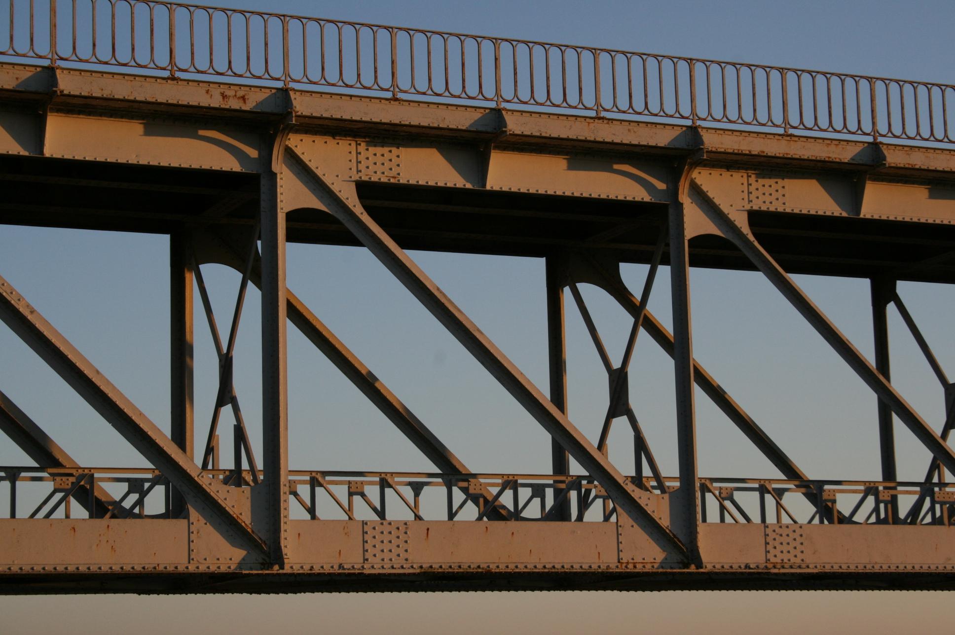 charge dessay pont metaliques